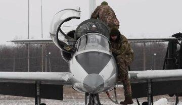 Первый раз после катастрофы: в Харьковской области возобновили полеты на Ан-26, видео