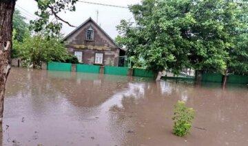 """Стихія принесла велике горе жителям Одеської області: """"відкачати воду немає можливості"""""""