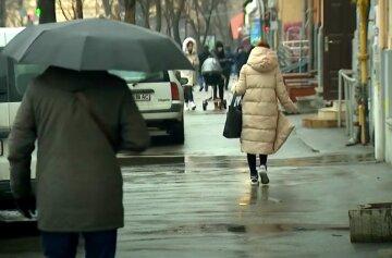 Дощі розірвуть Україну навпіл: яким областям не пощастить з погодою на Вербну неділю