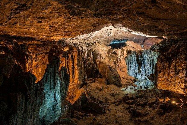 Пещера Эль-Трокс, Испания