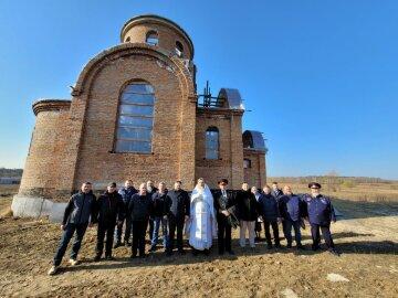 У Межигірському монастирі УПЦ пом'янули стародавні козацькі роди за пом'янником XVII століття