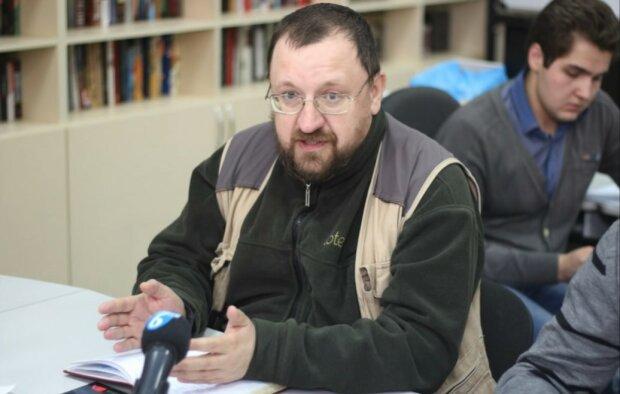 «Расплавленный свинец в глотку»: путинский пропагандист размечтался о наказании для украиноговорящих