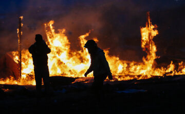 Deadline Looms For Standing Rock Dakota Access Pipeline Protesters To Vacate Camp