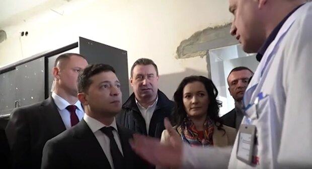 «Ти зрадник!»: Зеленського атакували прямо в лікарні, кадри ганьби потрапили в мережу