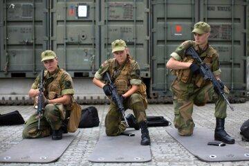 Первые норвежки начали службу в армии (фото)
