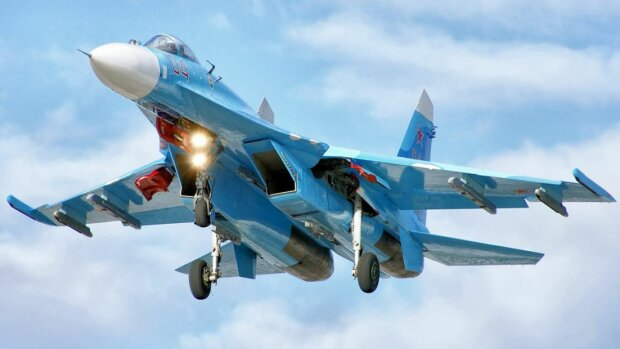 Су-27-истребитель-России2