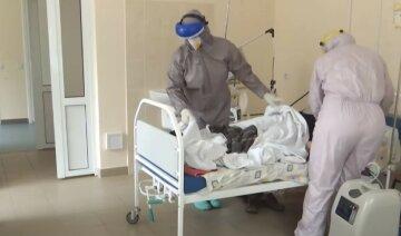 """""""У лікарні цілодобово"""": українцям назвали зарплату медиків у ковідних відділеннях"""