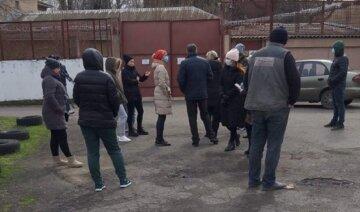 """""""Запугивают и не соблюдают карантин"""": под Одессой переполох из-за инфицированных, видео"""