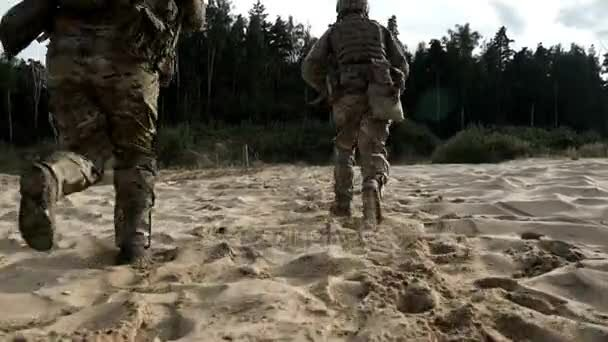 depositphotos_178275974-stock-video-military-soldiers-with-weapons-running (1)
