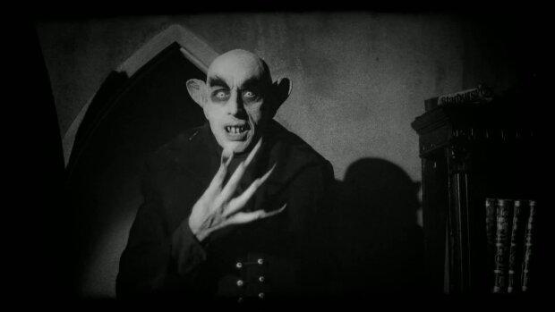 вампир мистика ретро