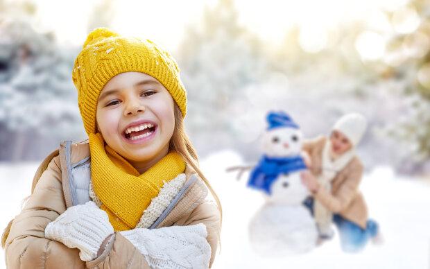 Winter_Little_girls_466354_2560x1600