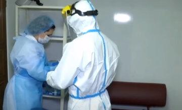 Рекорд с начала пандемии: вирус распоясался на Днепропетровщине, данные о жертвах