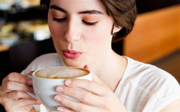 Лікарі визначили п'ять захворювань, при яких потрібно пити каву