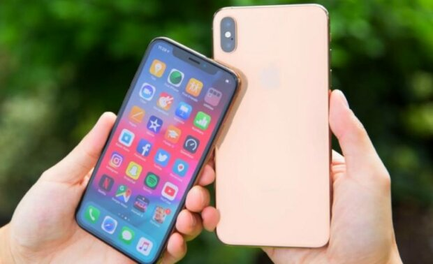 iPhone-Xs-i-iPhone-Xs-Max-v-Ukraine-2-770×470.jpg.pagespeed.ce.02cIBNr0NY