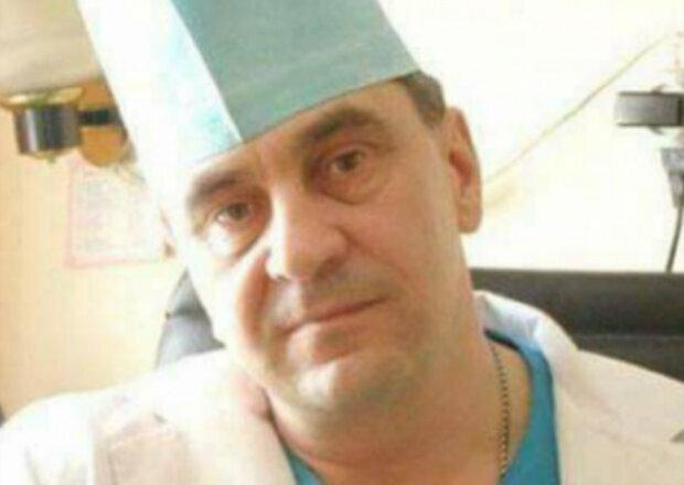 """""""Ось такі у нас герої"""": український хірург врятував понад 1500 бійців у зоні АТО, фото"""