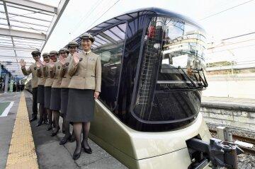 Поезд японский поезд