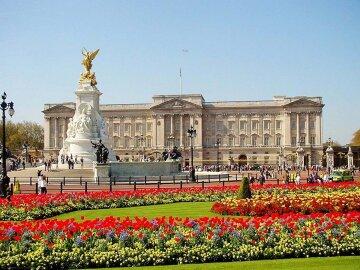 Buckingham-Palace-in-London