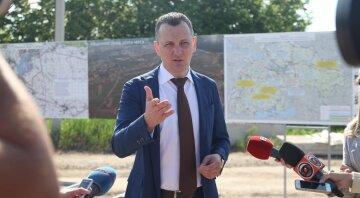 Советник премьера Юрий Голик призвал отменить советские нормы для строителей дорог