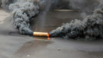 Националисты двинулись на «штурм» МВД в центре Киева: «Бандера, вставай!»