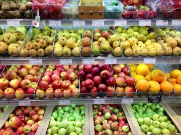 В Киеве резко изменились цены на продукты: сколько стоят фрукты