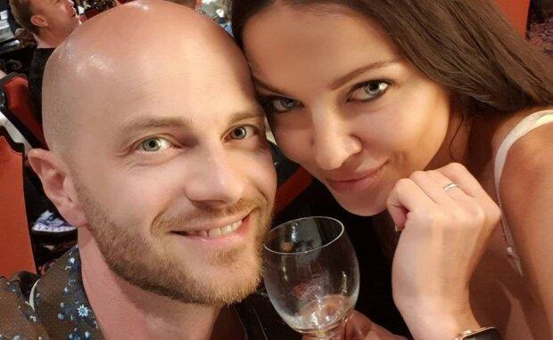 Безбашений Влад Яма з красунею-дружиною показали свої нічні розваги в Одесі: «Обожнюю»