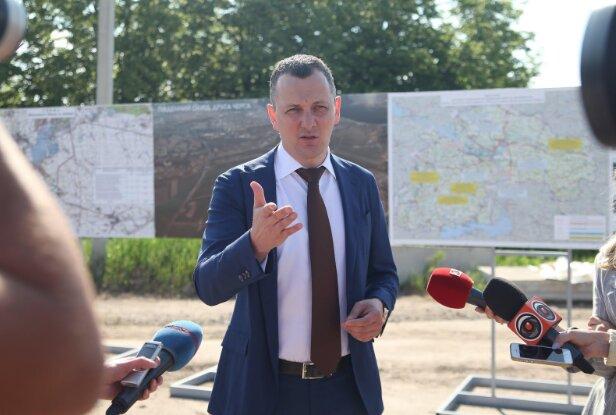 Советник премьера Юрий Голик: Нужно менять инфраструктуру городов, а не фасады