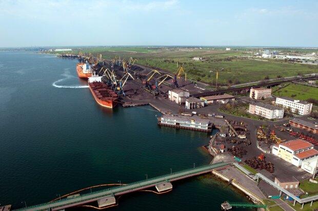 порт «Южный»