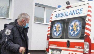 Лихо трапилося з родиною у Львові, трьох дітей досі рятують лікарі: подробиці НП