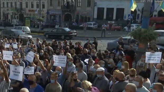 Власти Черновцов наплевали на решение Кабмина: к чему привел карантинный бунт