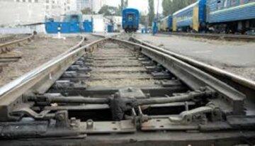 """13-річна дівчинка кинулася під поїзд в Одесі, подруга загиблої розповіла моторошні деталі: """"у соцмережі написала...."""""""