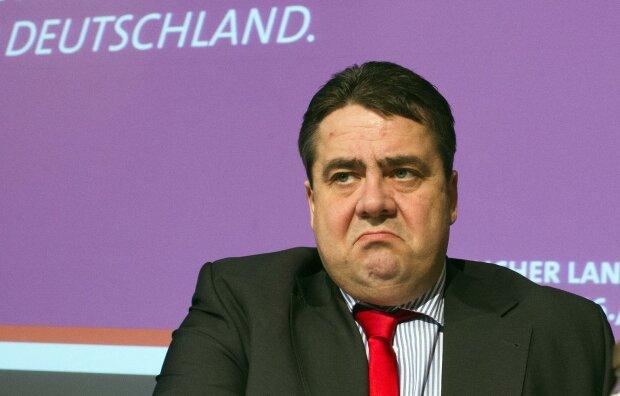 лидер СДПГ, вице-канцлер, министр экономики Германии Зигмар Габриаэль