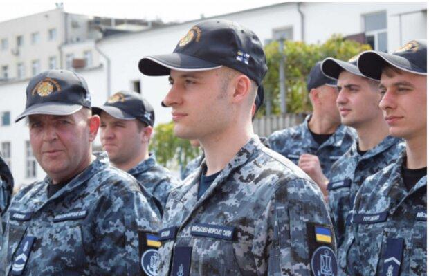 2019-09-16 17_29_14-Освобожденные из плена РФ украинские моряки вернулись в Одессу _ #Буквы —