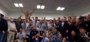Динамовцы праздновали победу в раздевалке с Кравчуком: кадры бурного веселья