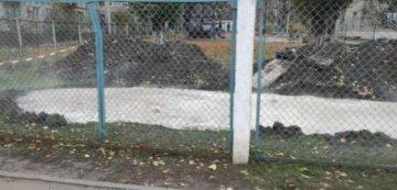 """""""Підхід вільний"""": на території дитсадка в Харкові комунальники вирили """"басейн"""" з окропом, фото"""