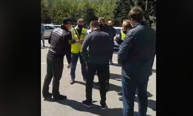 """""""Карантин для бедных"""": в Одессе вспыхнул новый бунт, съехалась полиция, кадры с места"""