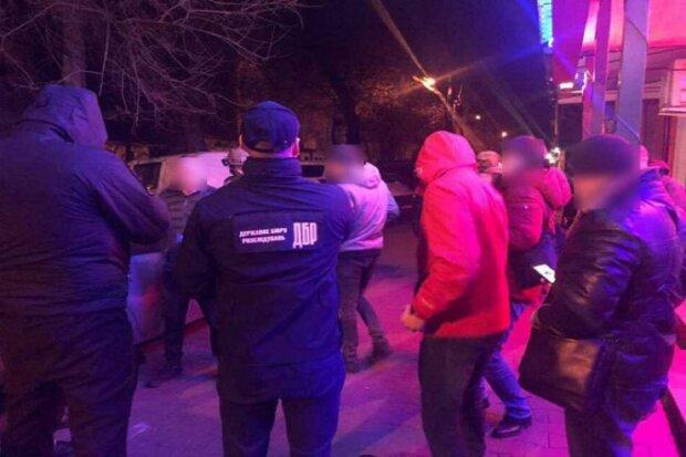 Разбойная банда во главе с полицейским устроила террор на Одесчине: подробности и фото