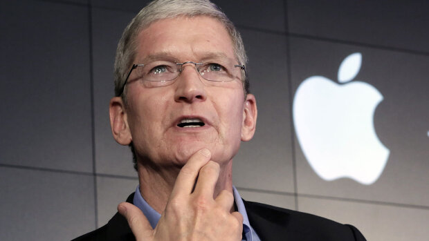 В сеть слили первые фото iPhone X Plus и iPhone 9: сколько будут стоить новинки