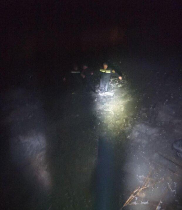 Льдина унесла мужчину на 100 метров от берега: кадры и подробности происшествия под Одессой