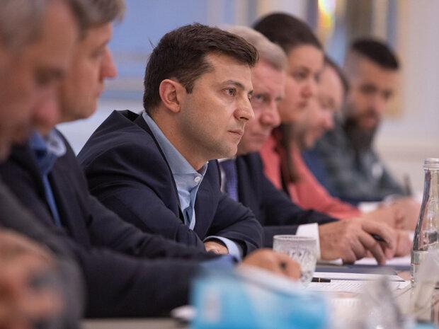 Зеленський дав Авакову два тижні: стало відомо про термінову нараду, «вимагаю, щоб...»