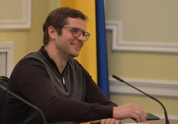 Нардеп Холодов оценил решение Зеленского по табачному рынку: «Работа начата»