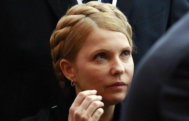 "Тимошенко зі скандалом покинула дебати: ""Зайшла на 5 хвилин"""