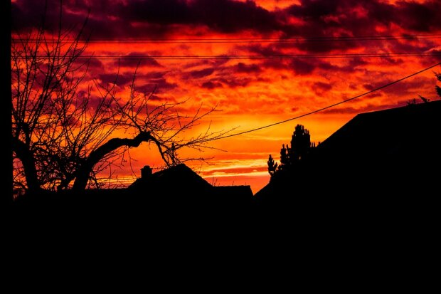 красное небо