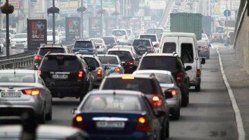 Затори в Києві: столиця завмерла перед Новим роком, але прогноз дивує