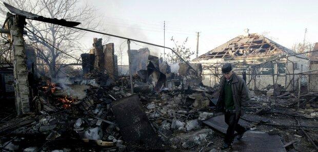 """Путін провів успішну спецоперацію на Донбасі: """"зруйновано і затоплено..."""""""