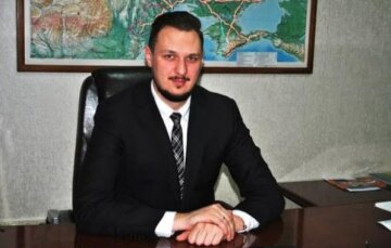 Опубліковані розмови «антикорупціонера» Гриненко, де він погрожує прибрати голову «Укравтодору» за допомогою інформаційних атак