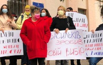 В Василькове под судом требуют не допустить отмены результатов выборов