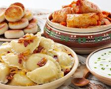 стол на Рождество, вареники, блюдо, еда