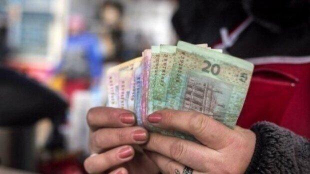 Названі три знака Зодіаку, яких чекають проблеми з грошима в 2020 році: хто залишиться без копійки