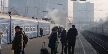 """Трагедия с одесситкой произошла на железнодорожной станции, страшное видео: """"шла вдоль колеи"""""""