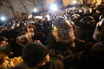 Хоровод возле ОПУ в поддержку Стерненко оплатил Порошенко, – СМИ
